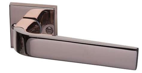 poign 233 es de portes et fen 234 tres en laiton contemporain sofoc ouvrez le monde poign 233 es et