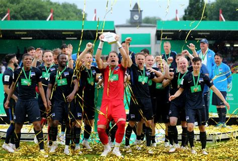 Hertha is the knights of favonius coordinator and one of its ten captains. Hertha BSC ist Deutscher A-Jugend-Meister ...