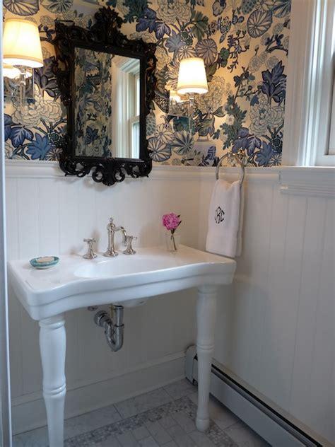 parisian pedestal sink transitional bathroom