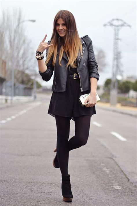 Outfit en negro con chaqueta de cuero vestido y botas. | moda | Pinterest | Traje y Bu00fasqueda