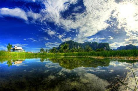 objek wisata hutan karst rammang rammang  kabupaten