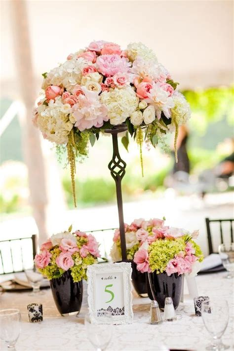 beautiful blooms wrought iron stand  pink white