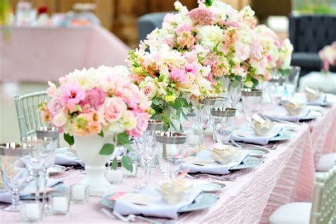 10 Idées De Décoration De Mariage Tout En Douceur Pastel. Homey Kitchen Ideas. Art Ideas Environmental. Kitchen Designs With Brown Granite. Backyard Patio Design Ideas On A Budget. Small Bathroom With Separate Tub And Shower. Gift Ideas Sister. Drawing Diary Ideas. House Lighting Ideas Uk