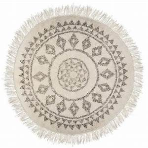 Tapis Blanc Rond : tapis rond etnik 120cm blanc noir ~ Dallasstarsshop.com Idées de Décoration
