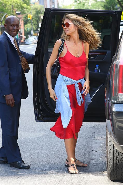 Heidi Klum Stepped Out Without Bra Sexy Red Dress