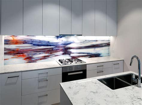 white walls home printed on glass splashback vr glass