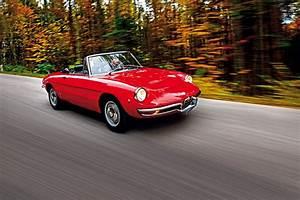 Classic Car Posters  Alfa Romeo Duetto Spider