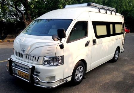 8 Seater Toyota Commuter Booking Delhi India, Luxury