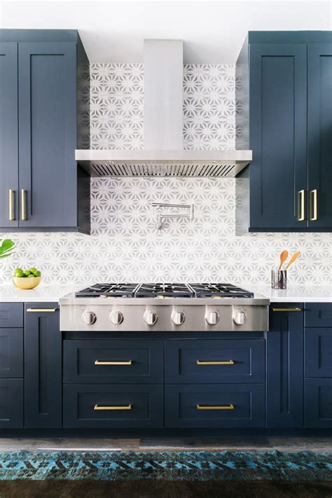 home decor navy white high contrast kitchens