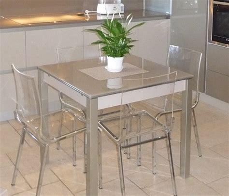table et chaises cuisine magasin cuisines tables et chaises à pierrelatte drôme 26