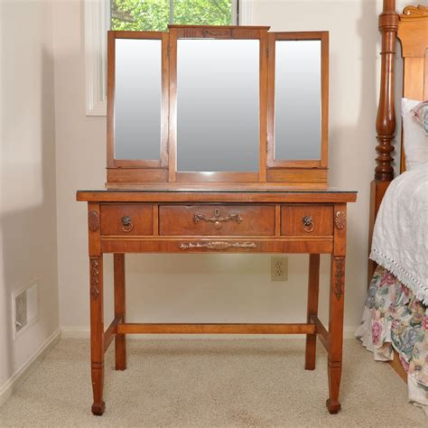 antique cherry dressing table with three drawers and tri