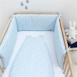 Lit Bebe Nuage : tour de lit nuage bleu ciel adapt lit 60x120 et 70x140 ~ Teatrodelosmanantiales.com Idées de Décoration