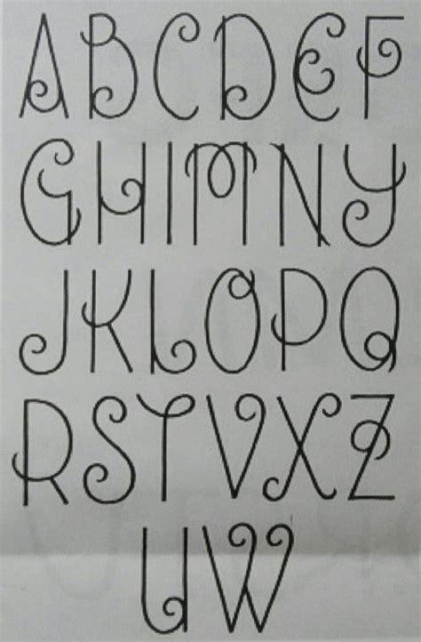 sierlijke letters belettering lettertype alfabet letters alfabet
