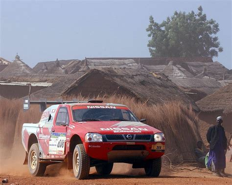 Nissan Pick Up Dakar 2004