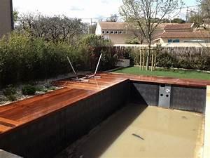 creation d39un jardin et amenagement autour d39une piscine With bord de piscine en bois