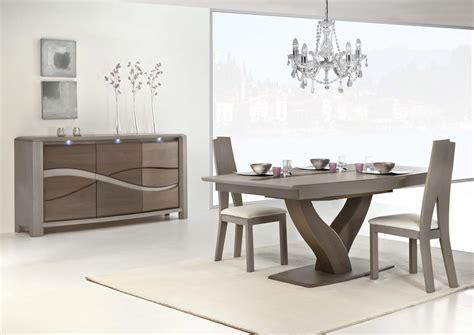 cuisine chene moderne acheter votre table moderne pied central y en chêne massif