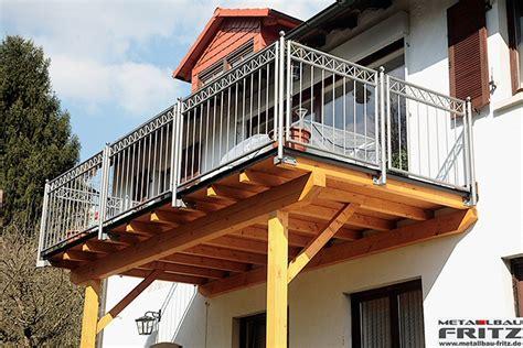 balkone aus glas balkone aus glas und holz balkone und geländer tuerex