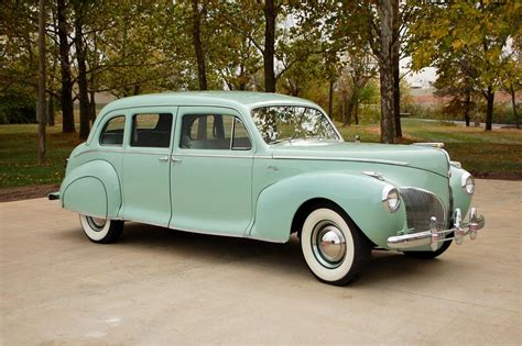 1942 Lincoln Custom - Information and photos - MOMENTcar