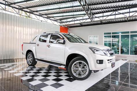 ISUZU ALLNEW D-MAX CAB 4 HILANDER 3.0 Z NAVI 2012/2013