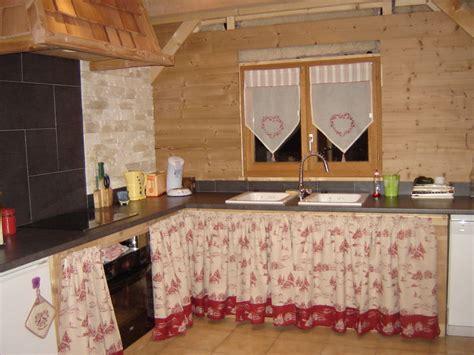placard de chambre en bois rideaux pour placard de chambre survl com