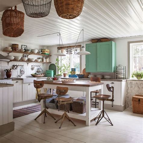 how to antique kitchen cabinets vintage cottage kitchen for the home 7194