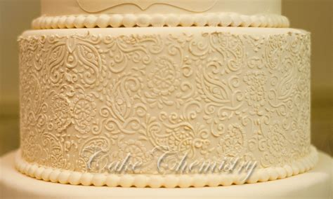 paisley cake decorations 5 tier ivory paisley wedding cake cakecentral