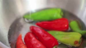3 Ways to Cut a Bell Pepper - wikiHow
