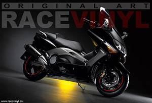 Yamaha TMAX Racevinyl Europe