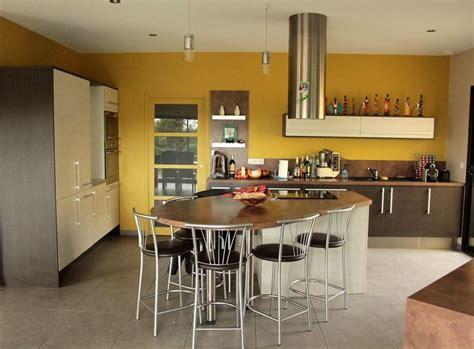 cuisine peinte davaus cuisine peinte en jaune avec des idées