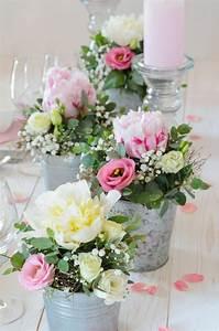 Tisch Deko Hochzeit : tischdeko mit pfingstrosen selber machen rosa hochzeit ~ A.2002-acura-tl-radio.info Haus und Dekorationen