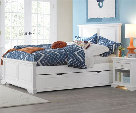 Cute White Trundle Bed For Inspiring Teenage Girl