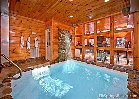 10 Bedroom Cabins In Gatlinburg Tn by 2 Bedroom Cabin With Indoor Pool And Sauna