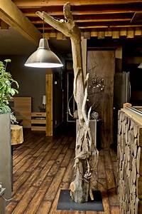 Luminaire En Bois : lampe bois flott lampadaire et suspension par la nature ~ Teatrodelosmanantiales.com Idées de Décoration