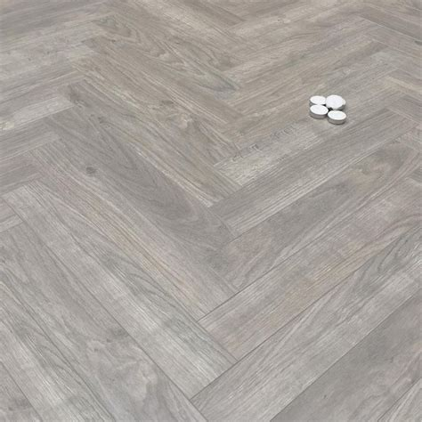 laminate wood flooring herringbone best 25 herringbone laminate flooring ideas on pinterest wood tile pattern herringbone tile