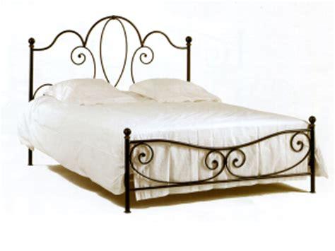 chaises cuisine but lit fer forge java complet lits fer forgé pas cher la remise
