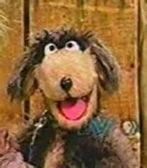 itchy  dog voice sesame street show