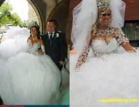 ugliest wedding dresses 22 awesomely bad wedding dresses smosh