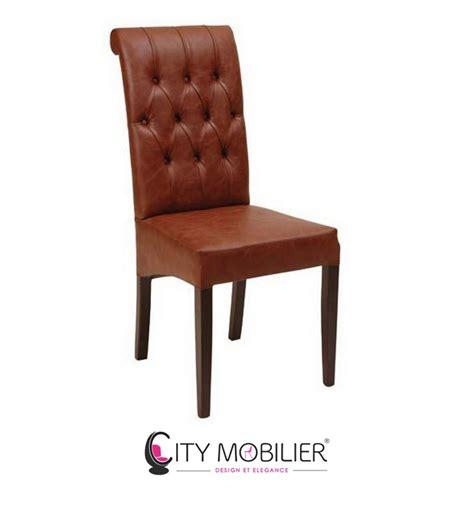 cuir pour recouvrir chaises grande chaise en bois et au dossier capitonné tynea city mobilier