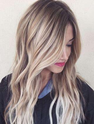 proste wlosy blond  modne fryzury   dla kazdego