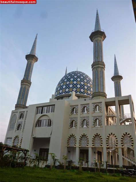 mosque andalusia bogor indonesia stei tazkia masjid mosques islamic center