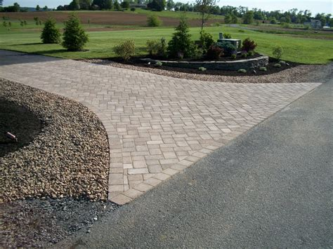 landscaping ideas for entrance driveway fire pit outdoor landscape on pinterest driveways driveway entrance and circular driveway