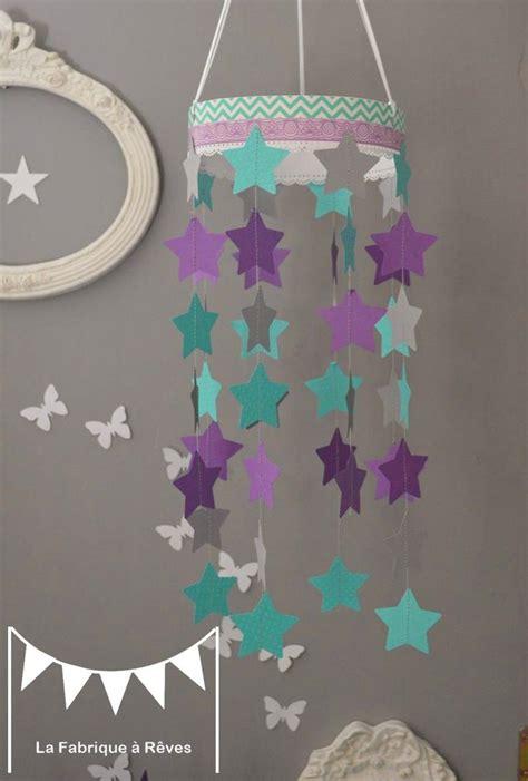 deco chambre bebe fille violet mobile étoiles turquoise violet mauve gris décoration