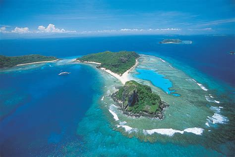 Visit Fiji -- The South Pacific -- Travel Pacific Agency