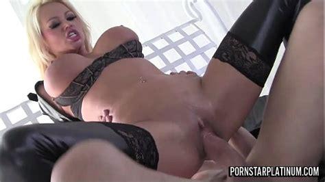 Sexy Ass Russian Pornstar Takes A Big Dick Xvideos