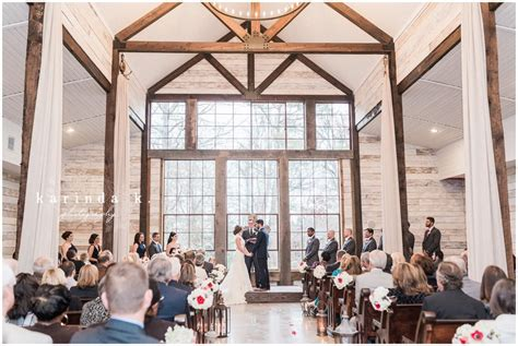montgomery tx wedding photographer big sky barn crimson