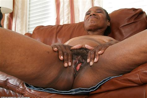 old mature black pussy it s better 34 pics