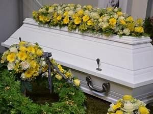 Beerdigung Schöne Ideen : ablauf einer beerdigung so verhalten sie sich am besten ~ Eleganceandgraceweddings.com Haus und Dekorationen