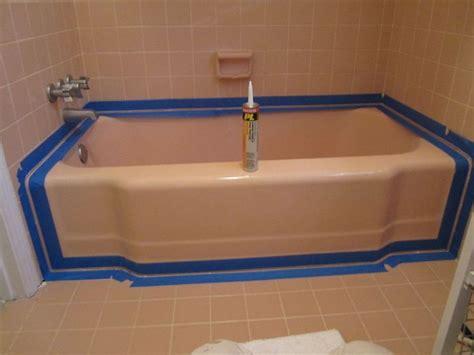 Caulking Bathroom Tile by Best 25 Caulking Tub Ideas On Calking Bathtub