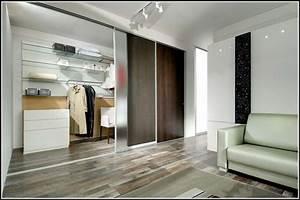 Schlafzimmer Mit Begehbarem Kleiderschrank : schlafzimmer mit begehbarem kleiderschrank und bad schlafzimmer house und dekor galerie ~ Sanjose-hotels-ca.com Haus und Dekorationen