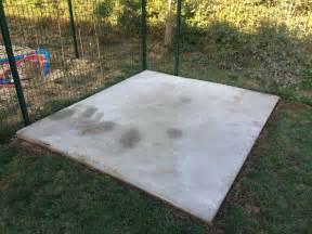 Pose Abri De Jardin Sur Dalle Gravillonnée : poser des dalles de jardin sur terre inspiraci n para el ~ Dailycaller-alerts.com Idées de Décoration